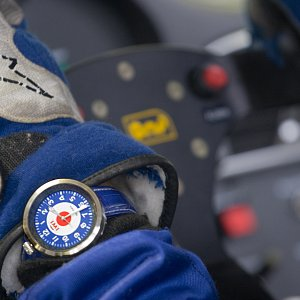 IWI Watches MOD at the wheel of Porsche GT3 Silverstone