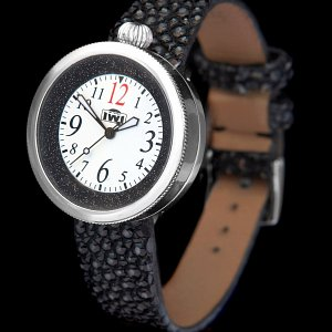 IWI Watches Esther